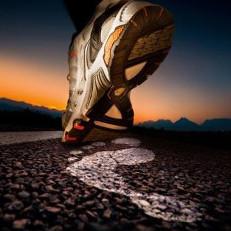 Kā izvēlēties skriešanas apavus