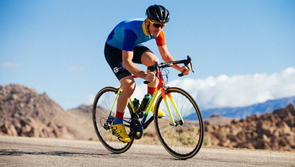Kā izvēlēties velo apģērbu